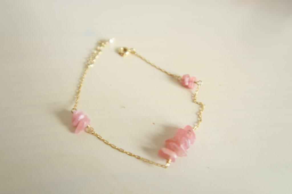 【7月の誕生石】愛情溢れるバラ色のインカローズのブレスレット